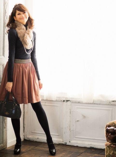 シンプルタートルはファー&パールでレディに昇格   ファッション コーディネート   with online on ウーマンエキサイト