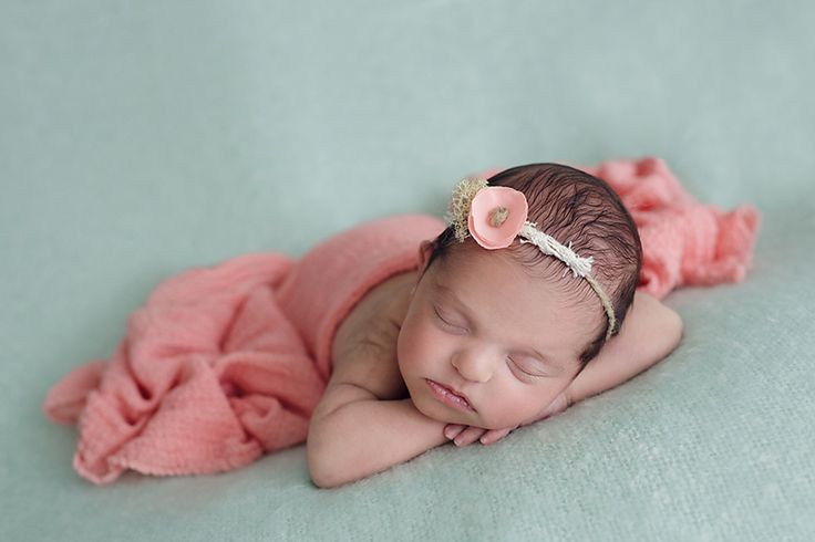 foceni-novorozencu-meda-10-dni
