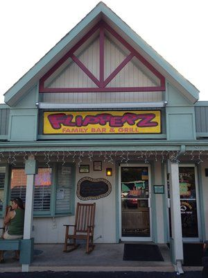 Flipperz is always a fun restaurant to grab a bite while vacationing at Emerald Isle. Delicious food, great service and extremely kid friendly!