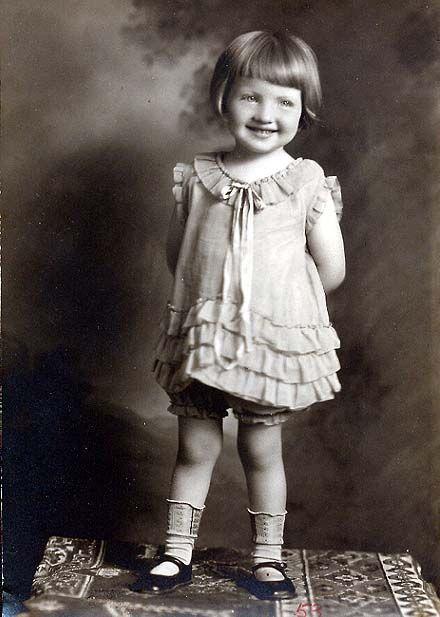 .Little Girls, Vintage Photos, Vintage Photographs, Vintage Children, Vintage Photographers, Vintage Beautiful, Children Image, Vintage Image, Free Image
