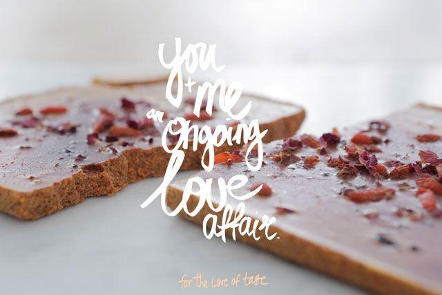 VALENTINE's  White chocolate with rose and goji berries --by for-the-love-of-taste no sugar, no dairy, all vegan and Raw : )   Witte chocolade met rozenblaadjes en goji bessen. zonder suiker, zonder zuivel, vegan en RAW food. Happy valentijnsdag.