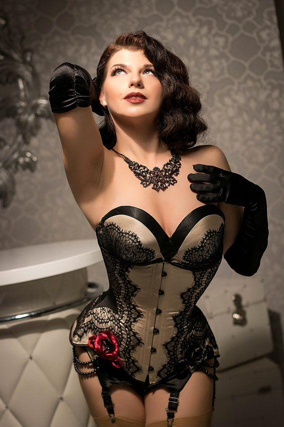 Burlesque Dessous Abendkleid BH Korsett und von DressArtMystery
