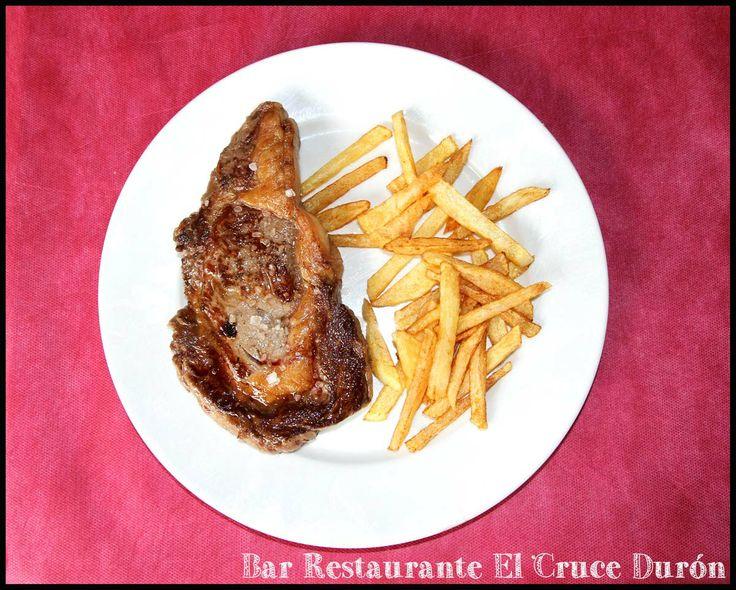 ENTRECOT A LA PLANCHA  Teléfonos Reservas: 949283596 / 619556556 Calle Villar nº32 de Durón, Cp 19.143 - Durón, Guadalajara (ES) Cruce de las carreteras N-204 y CM-2013  Twitter: @ElCruceDuron Facebook: Bar Restaurante El Cruce  Tumblr: Bar El Cruce Durón  Pinterest: Bar El Cruce Durón  Google+: Bar Restaurante El Cruce Durón