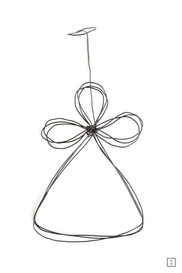 Ein Glücksbringer Engel ohne Schischi und Kitsch: ganz einfach aus Draht geformt mit passendem Beipackzettel versehen. Ein Drahtengel.