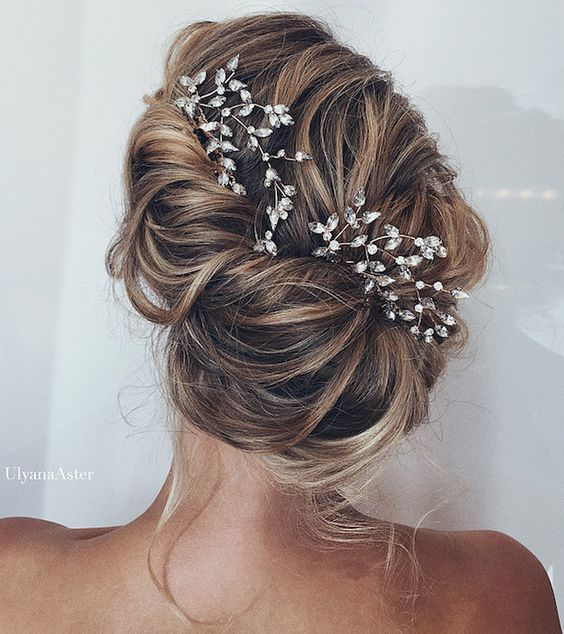 Beautiful Bridal Updos For Your Summer Wedding