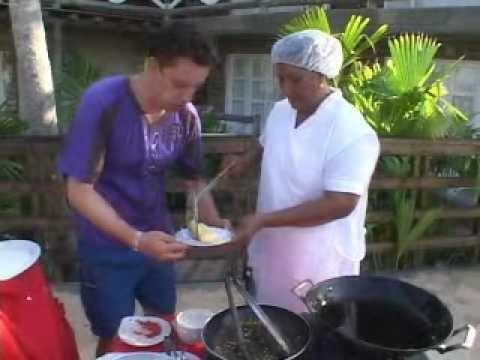"""Deliciosas Carimañolas ( yuca molida y queso costeño ) preparadas en el Hotel Almar Capurganá. Programa de TV. """"Con todo el gusto"""""""
