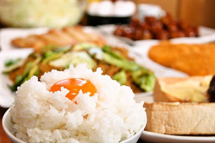 岐阜で大盛り・満腹をコンセプトにする飲食メニューの充実したまんが喫茶です。無料モーニングバイキング・ランチ・中華・定食・丼・カレー・爆盛りメニューなど