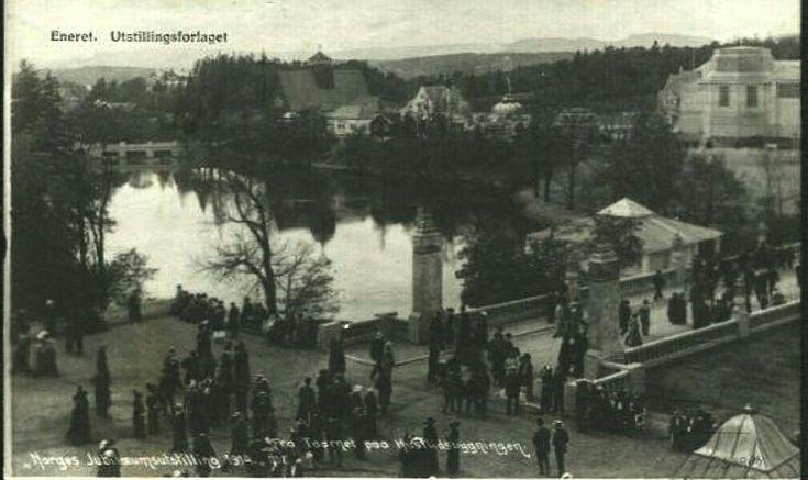Christiania Kristiania Jubileumsutst. fra Taarnet paa Husflidsavdelingen Utg Utstillingsforlaget 1914