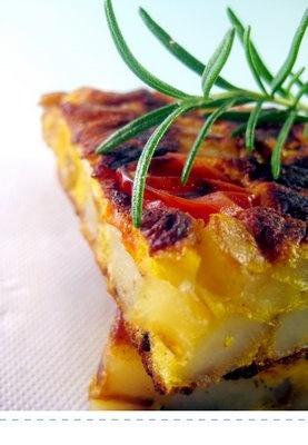 Frittata di patate, pomodorini e cacio ricotta!