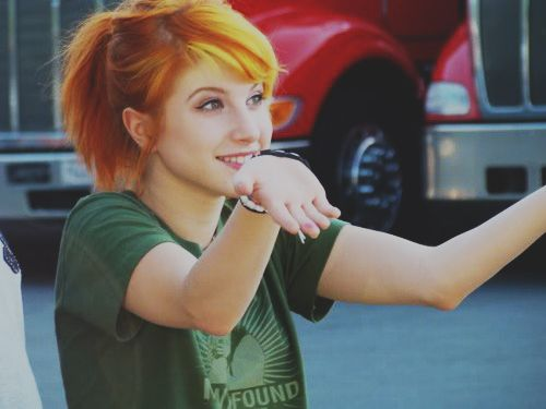 HAYLEY WILLIAMS.... SEE YOU IN 16 DAYS!!!!