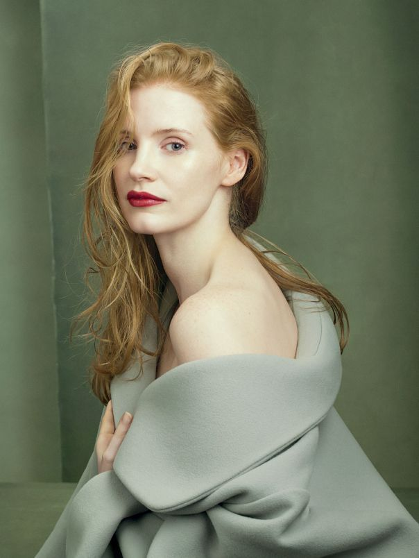 Vogue US Agosto 2014 | Karen Elson, Jessica Chastain + mais por Annie Leibovitz [Fashion]