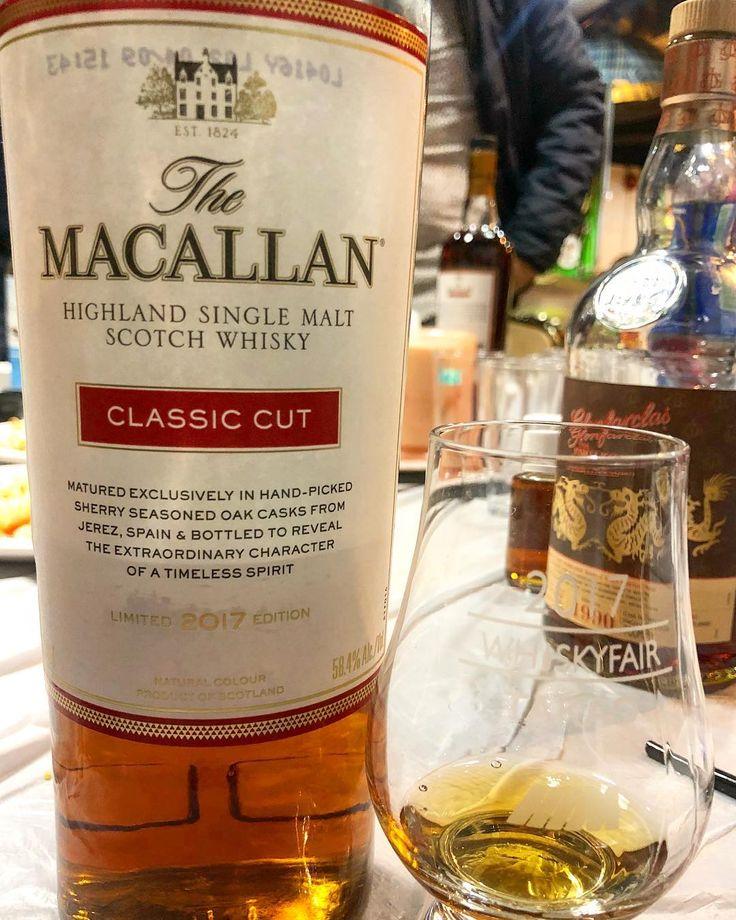 MACALLAN 2017 Edition Classic Cut 58.4% #bikekenwhisky #macallan #macallanclassiccut #speyside #highlands #caskstrength #jerez #sherrybomb #instagram #instawhisky #instadram #whiskyporn #whisky_droid #whiskygram #whiskers #bar #bartender #whiskeygirl #whiskeysour #whiskeybar #scotch #バー #マッカラン #craigellachie #macallanmoments #macallancreates #scotchporn