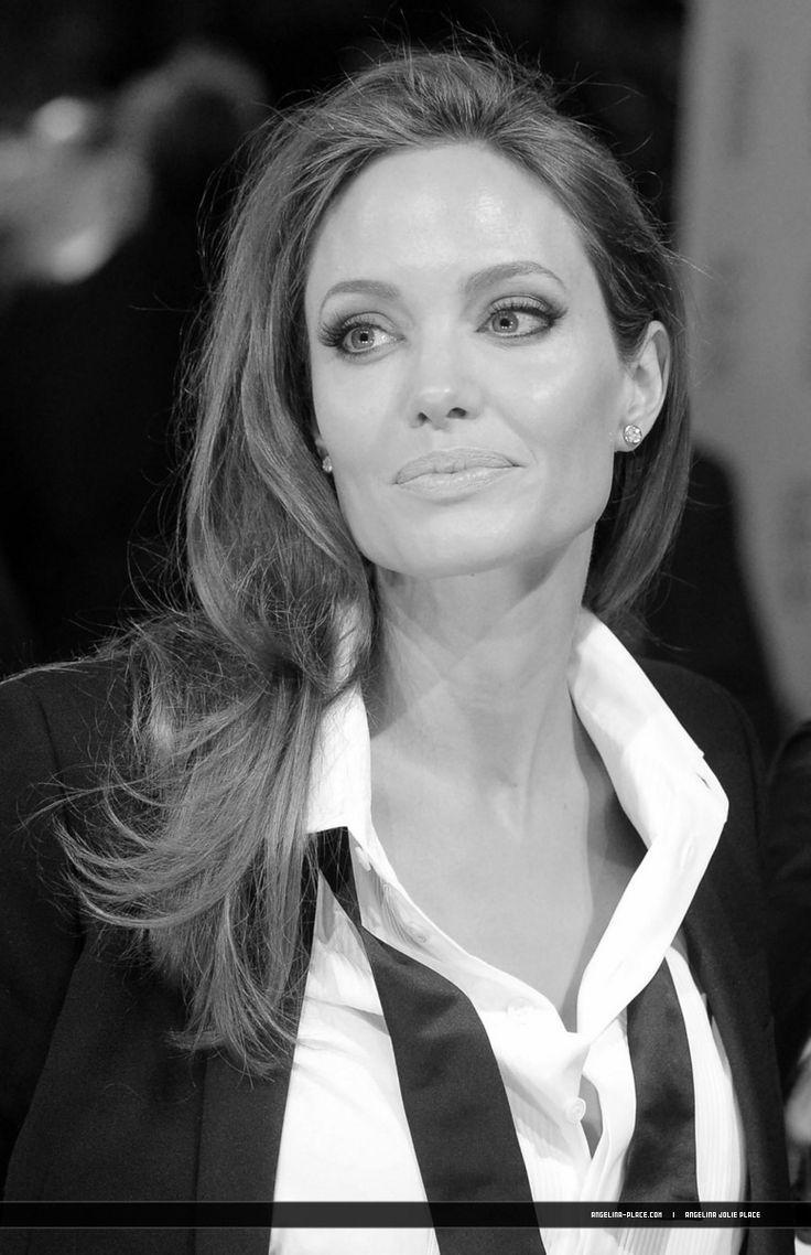 2014/02/16 - 2014 British Academy Film Awards - 160214 Brangelina 2014 British Academy 10 - Angelina Jolie Photo