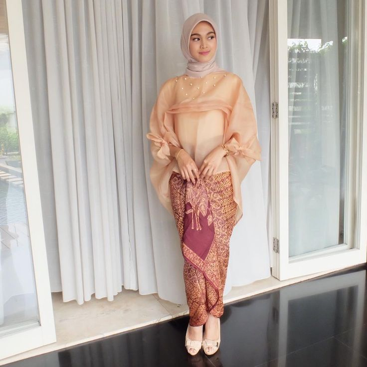 "242 Likes, 5 Comments - Adinda Mayang Kesuma (@mayangadinda) on Instagram: ""ziz newest collection from @saluna.co is so lovely"""
