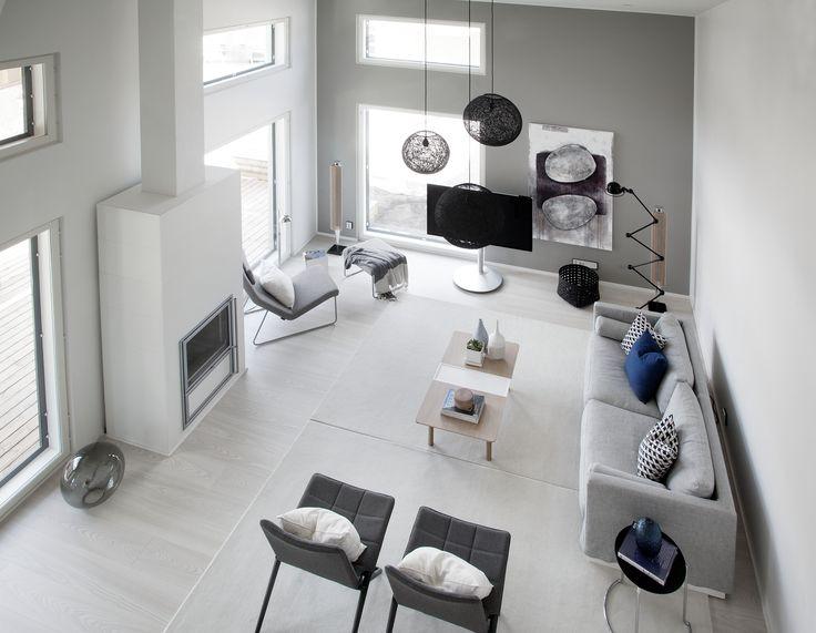 Designer-talojen arkkitehtuuri perustuu avariin tiloihin, selkeisiin ideoihin ja visuaaliseen ilmeeseen
