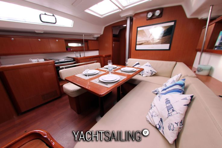 All amenities of this boat can make you feel like home!