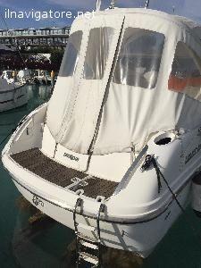 #Vendesi barca a #motore #cantiere Salpa #modello Laver #dell'anno 2002. #Lunghezza: 7.35 mt #Larghezza: 2.48 mt, #portata 8 #persone, #Motori: ... #annunci #nautica #barche #ilnavigatore