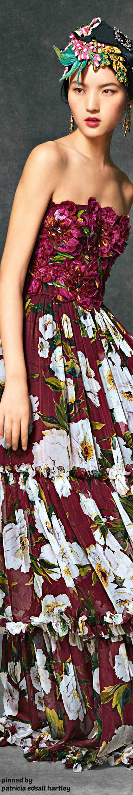 321622369437b 96 best Dolce   Gabbana images on Pinterest   Alta moda, Moda ...