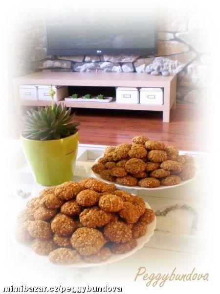 Celozrnné medovo-kokosovo-orechové sušenky výborné velmi podobné Havlíčkovým sušenkám