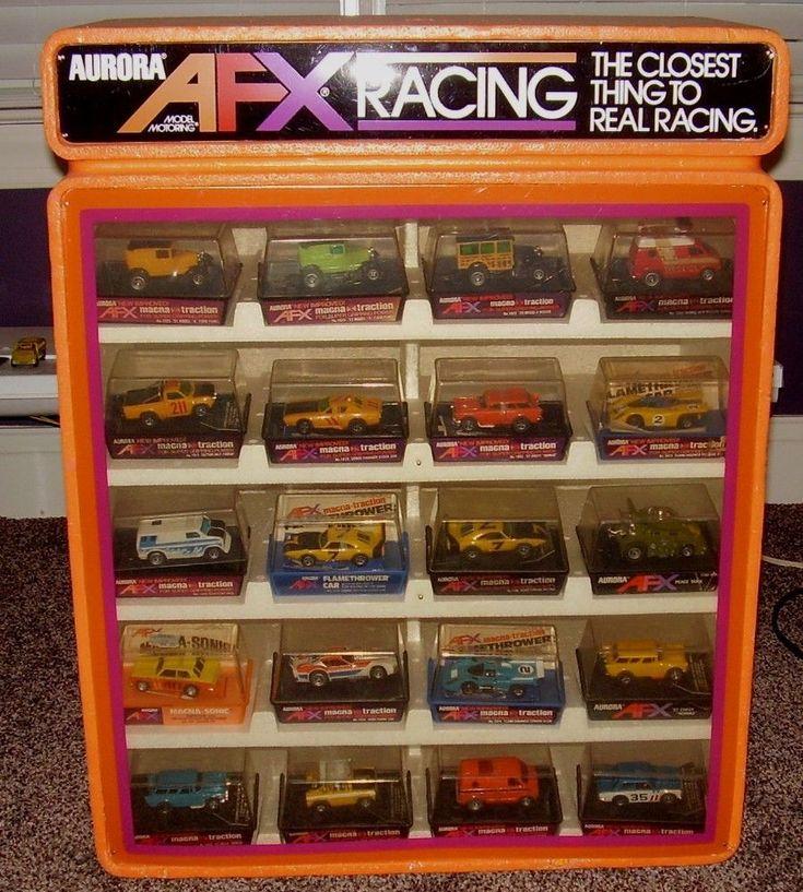 /AFX-Slot-Car-Store-Display-With-20-NOS-Cars-Daytona-Nomad-