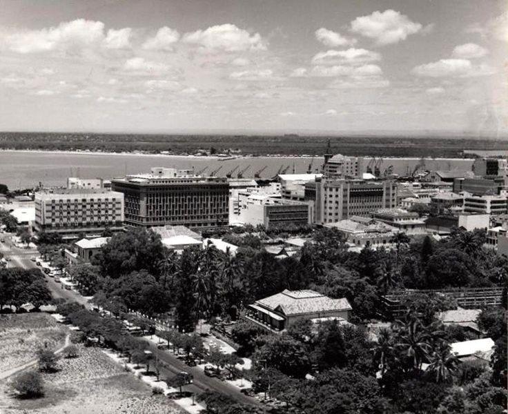 vista do Jardim Vasco da Gama, tribunal e baixa de Lourenço Marques, anos 1960.