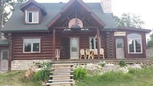 Camp du bûcheron  Chalet à louer Laurentides, Grenville-sur-la-Rouge. Location de chalet au Québec. Entrez directement en contact avec les propriétaires, sans intermédiaire.