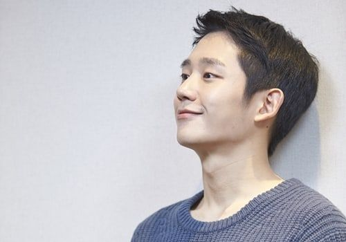 Jung Hae In Analyzes Own Acting + Reveals How He Noticed His Increased Popularity
