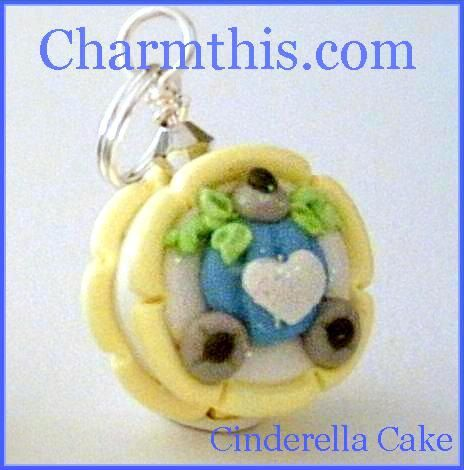 Polymer Clay Cinderella's Carriage Cake: Polymer Clay Princess, Clay Cinderella S, Cinderella Carriage, Clay Charms, Things Clay Art, Cinderella S Carriage, Tiny Things Clay