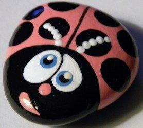 Pink Ladybug: Crafts Rocks, Paintings Rocks, Ladybugs Paintings, Ladybugs Rocks, Crafts Idea, Pink Ladybugs, Lady Bugs, Rocks Art, Rocks Paintings