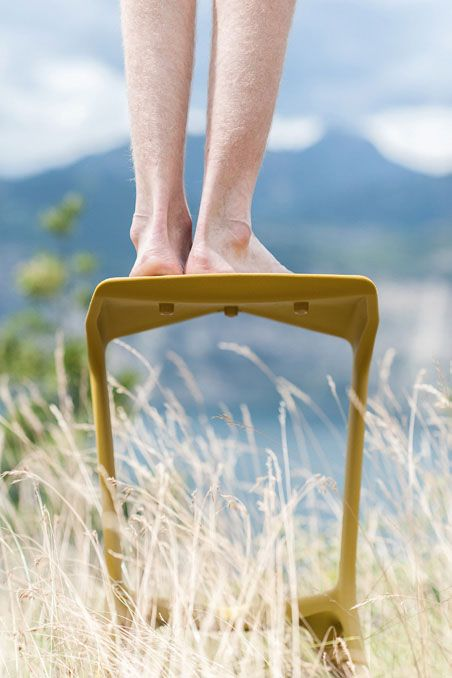 A different point of view on Plank's Miura chair http://www.idfdesign.com/outdoor-bar-cafe-stools/miura-mod-8200-00.htm [ #plankdesign #outdoor #designfurniture #designicons #idfdesign #barstool ]