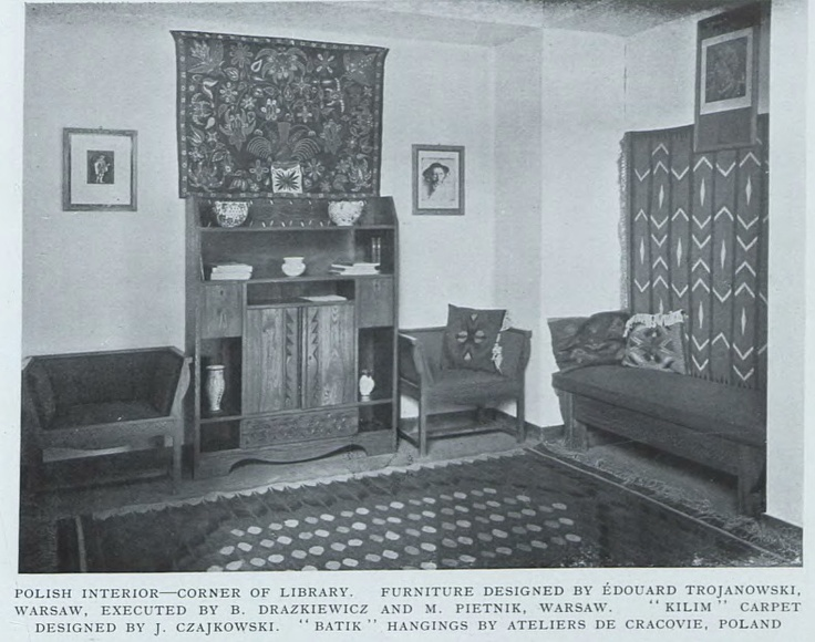 polish interior: corner of library