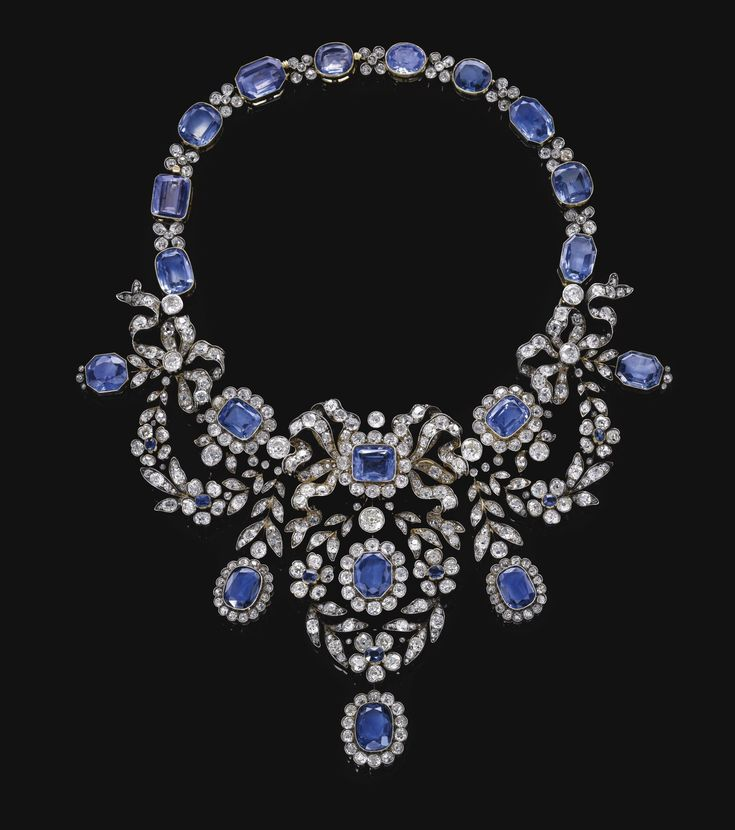 From the Habsburg Saphire Parure of Empress Marie-Louise of France. Sapphire and diamond necklace, late 19th century.