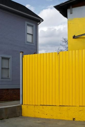 CHIP SIMONE - Yellow wall Violet House, Atlanta, 2009