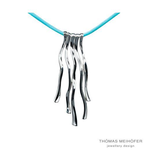 Daniel Bentley- a beautiful blend of Danish design and Australian artistry. New to Thomas Meihofer. We love it!