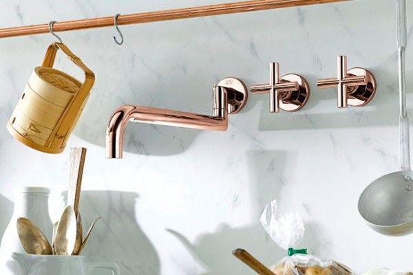 Koper is DE trend van 2015! Deze kraan van Dornbracht in hoogglans dat op basis van 18 karaats goud met koper wordt vervaardigd, is de eyecatcher van uw keuken!