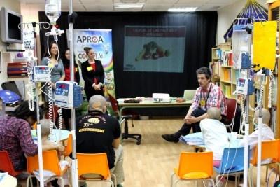 APROA lleva a los niños del Aula Hospitalaria del CH Torrecárdenas el juego de las frutas y hortalizas, Coexplay