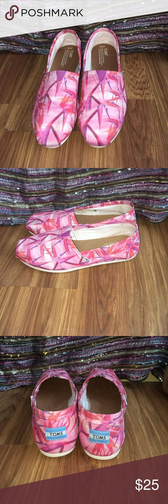 Pink Toms Pink Toms with bird of paradise flower print, only worn once (small dirt stain on toe but it's barely noticeable) Toms Shoes Flats & Loafers