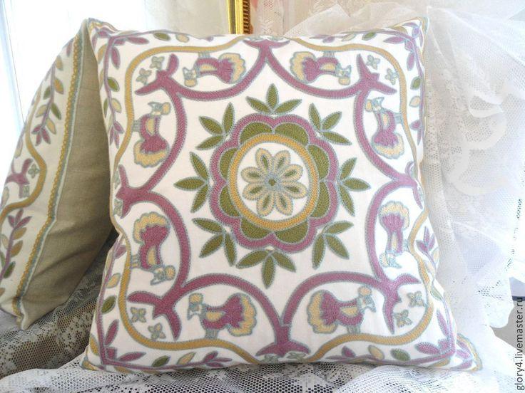 Купить Подушка декоративная с вышивкой в этническом стиле - гостинная, спальня, загородный дом, дача