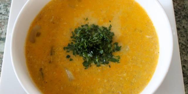 Quinoa Cheese Soup Recipe - The Latin Kitchen