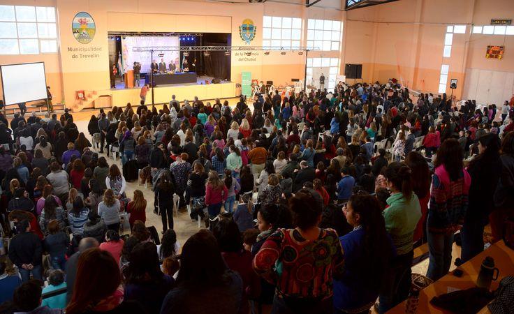 Auditorio del Polideportivo Municipal de Trevelin colmado