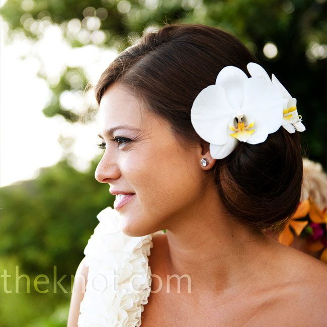 White Wedding Hairstyles: White Orchid Hairstyle
