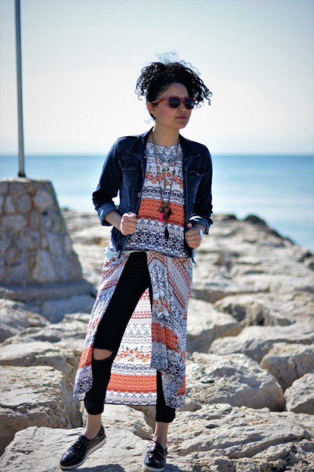 BlackC☮RAL4Y☮U❤•ღ♁♕#coral❤♕∆❤️☮#black❤️✌︎#Pinterest♔☻☺☂#hat ⧝✤#bohemian☂#surf✤↜#Spring➳☔#jewelry⧱❇☯#gypsy⚡️♁#hobo♥#L❤V⧢ ॐ ♥•#rapsodiaღ•☼#gems☪☼☀️#Summer✿ڿڰۣ(̆̃̃☼•≫∙∙☮..*・·̩.˖#stones✶.✿ ★~(◡﹏◕✿)☾❃✿#boho*´¨`✿⊱╮∆.☔⚜️•♧I❇Ƹ̵̡Ӝ̵̨̄Ʒ✤❀❤L I K⧢    Vestido fresco de verano que lleve con un viento fresco con pantalones y chaqueta denim. Un look perfecto para resaltar nuestro estilo único y darle alas abiertas a nuestra particular personalidad. Siéntete cómoda y libre con un toque desenfadado.