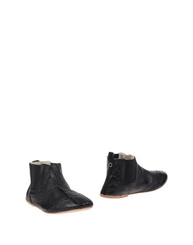 Collection Privēe? Women Ankle Boot on YOOX.COM. The best online selection of…