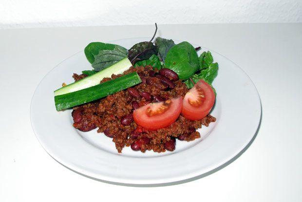Her er en mild, simpel, nem og sund basis chili con carne lavet med en enkelt af supermarkedernes sædvanlige chilier.