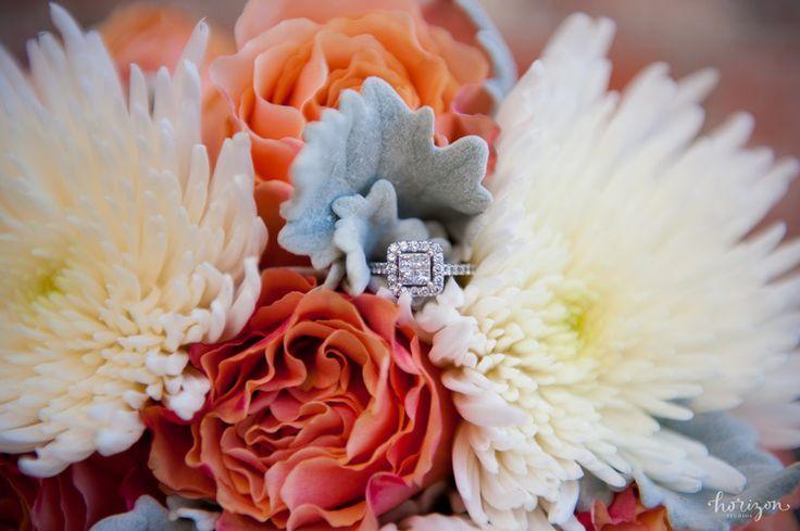 Wedding Photography Brisbane, bride, flowers, love, natural, Horizon Studios