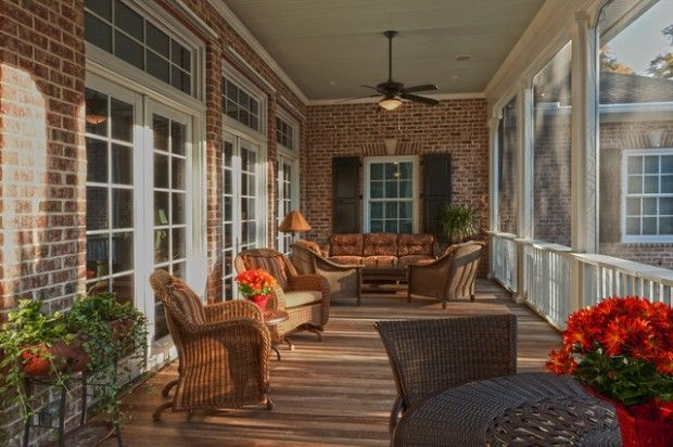Now if I could find a house here with a real traditional FRONT porch......I am wishing!