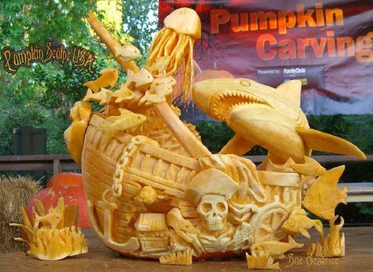 pumpkin carving by Pumpkin Sculpt USA 6