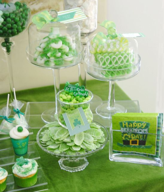 "St. Patrick's Day Dinner Party ""Luck of the Irish""  via @Catch My Party. Do you see those awesome green candy ribbons? Amazing!"