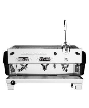 Duale è la prima macchina al mondo con il sistema di erogazione misto Leva / Circolazione, in modo da ottimizzare l'estrazione di diverse miscele di caffè