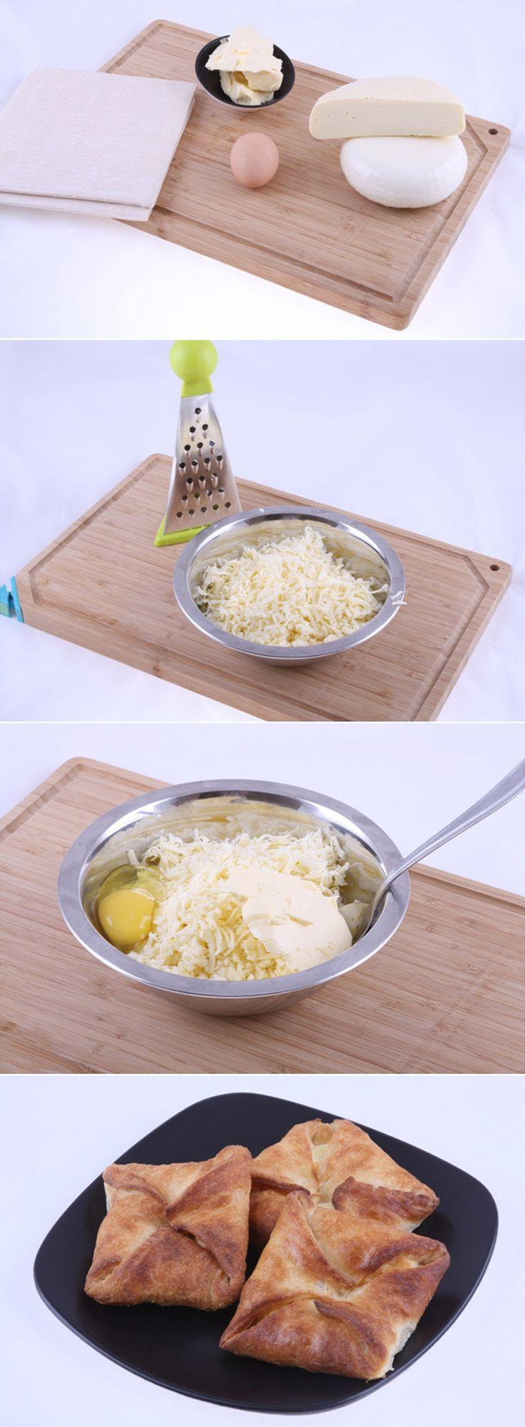 Грузинские Пеновани. Если вы любите сырную ароматную выпечку, то вы обязательно должны попробовать этот классический метод приготовления блюда грузинской кухни! Пеновани обязательно нужно подавать сразу и есть теплыми. Полный список ингредиентов и способ приготовления блюда вы можете увидеть в...http://vk.com/dinnerday; http://instagram.com/dinnerday #выпечка #кулинария #хачапури #пеновани #сыр #тесто #рецепт #еда #dinnerday #food #cook #recipe #recipes #baking #cheese #dough
